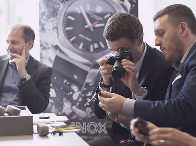 Muestra de la nueva linea de relojes Inox